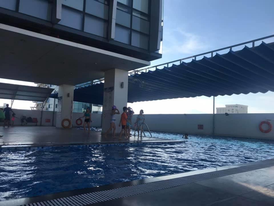 thi công mái che xếp hồ bơi